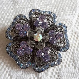 Lia Sophia Brooch Pin Crystal NWT
